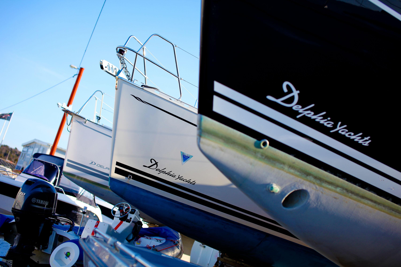Köpa Ny Segelbåt Eller Begagnad Segelbåt